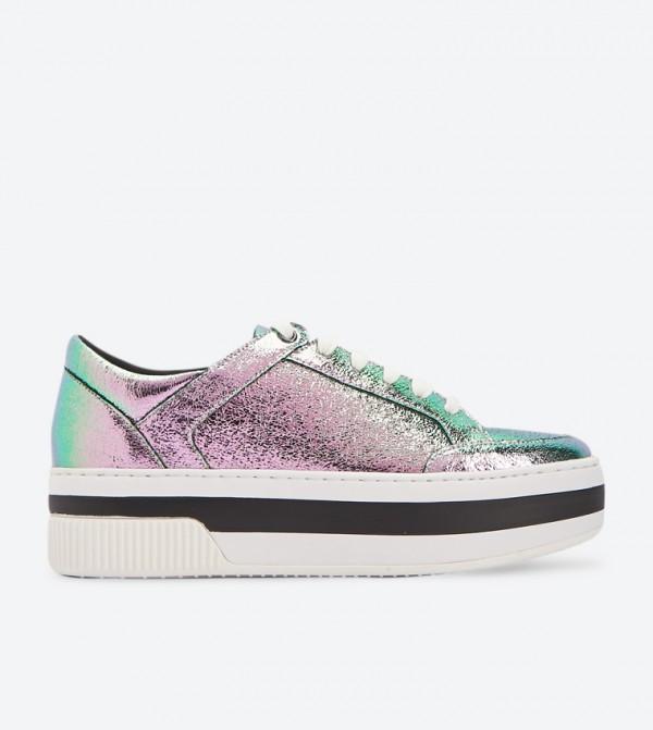 3932e5183 نتائج البحث عن: 'shoes'