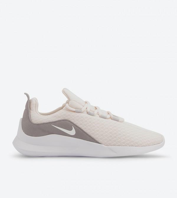 f0af52320 Nike