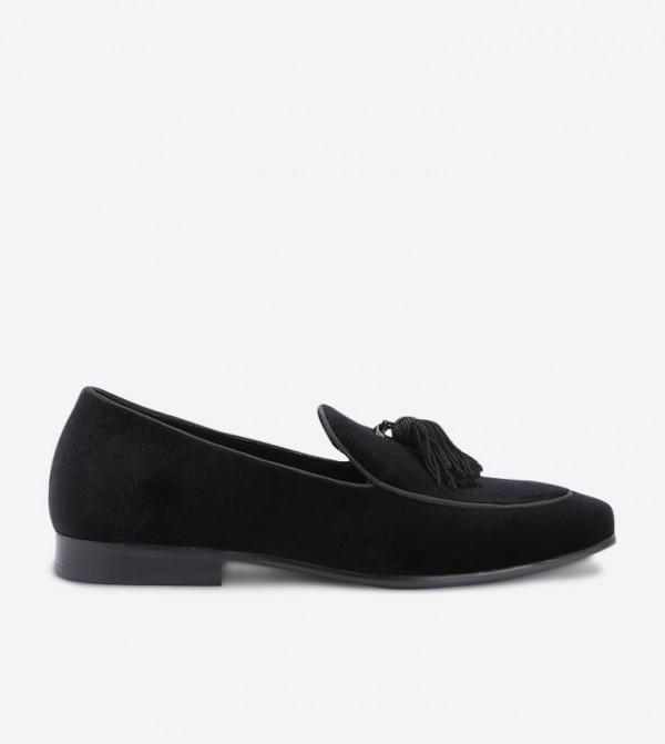 حذاء لوفر بلون اسود