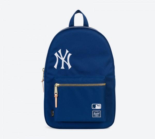 10005-01430-OS-NEW-YORK-YANKEES