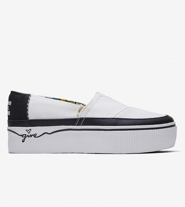 حذاء بكعب رفيع - أبيض