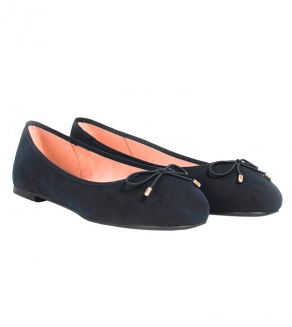 حذاء بلارينا