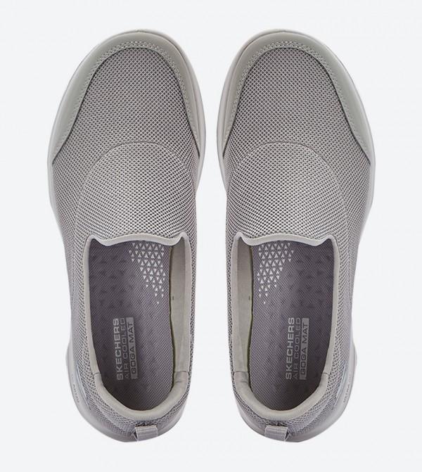 Skechers »Go Walk Evolution Ultra Reach« Slip On Sneaker