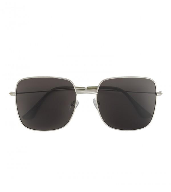 نظارات شمسية بإطار مربع