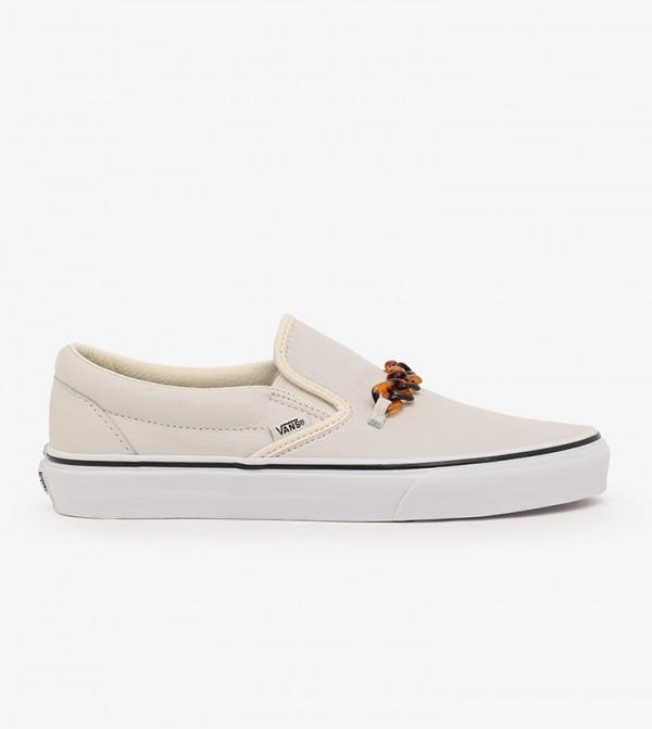 حذاء بيس ني