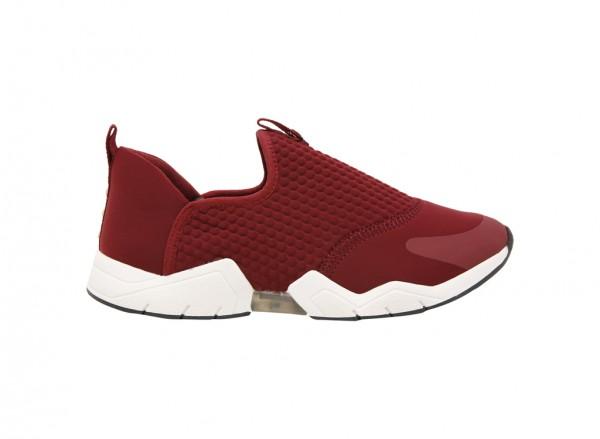 حذاء سنيكرز فورتور أحمر
