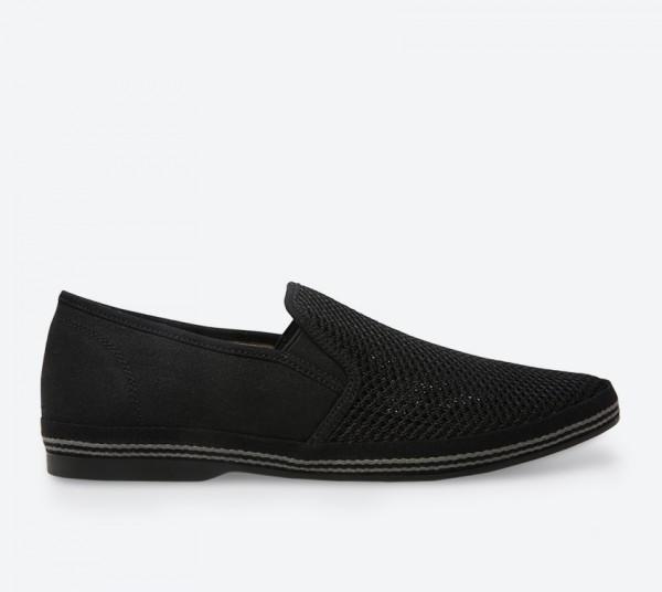 Debert Slip-Ons - Black