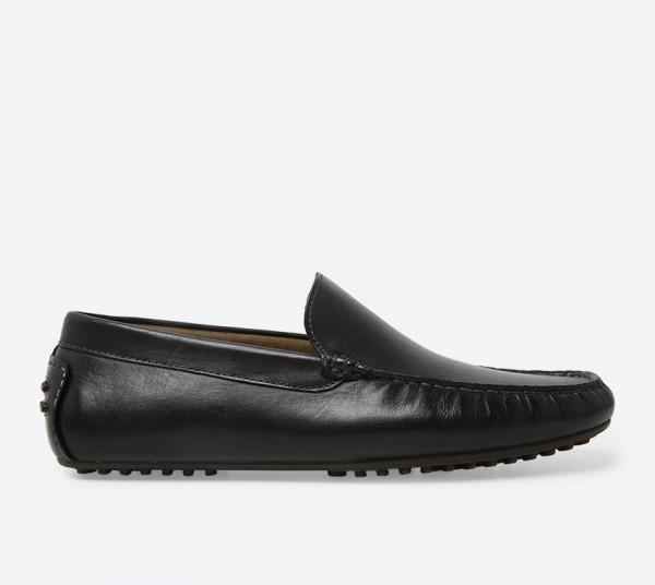 حذاء لوفر يوفك أسود