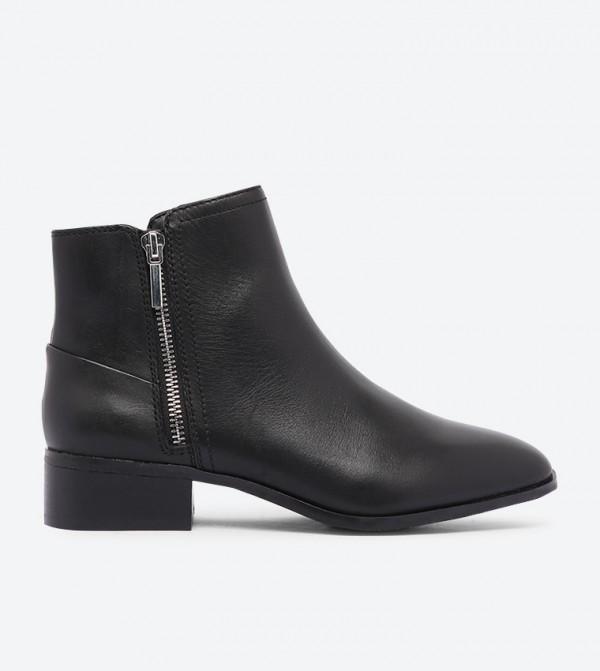 حذاء أدريسا بطول للكاحل وسحاب جانبي