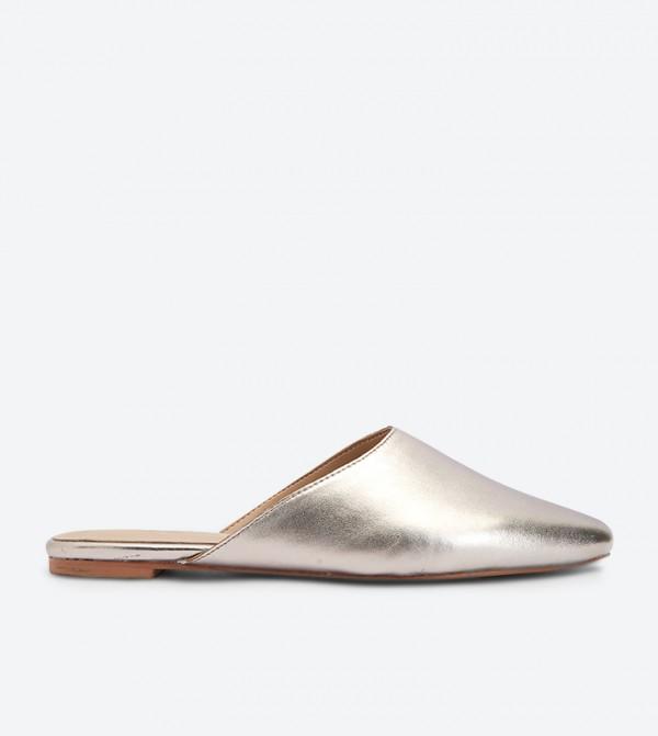 حذاء أفيليكليا بمقدمة مدببة لون رمادي