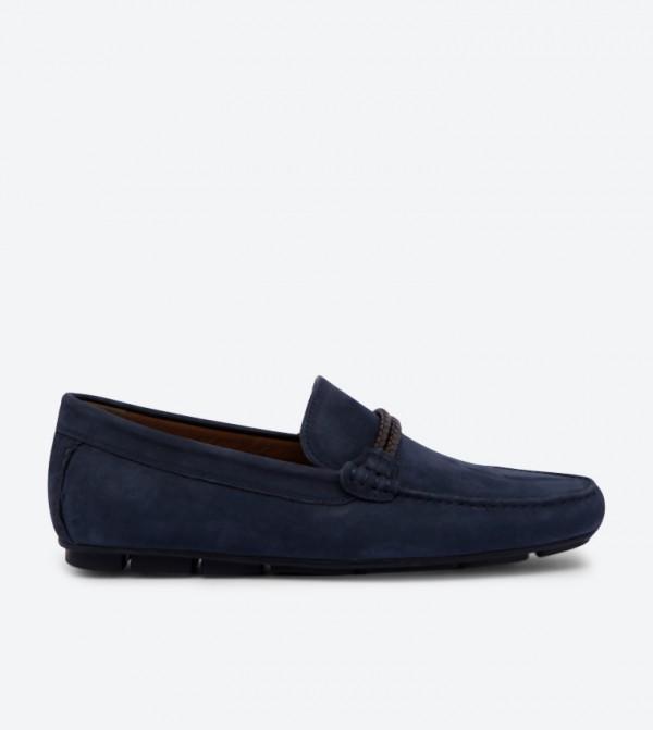 حذاء لوفر فايلديز بتصميم أنيق ومقدمة مستديرة