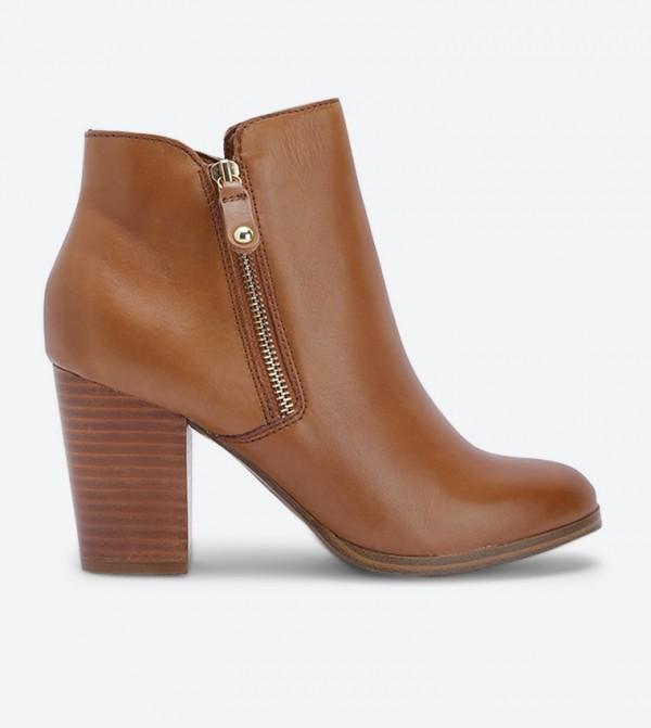 حذاء نايديا بسحاب جانبي للإغلاق لون بني
