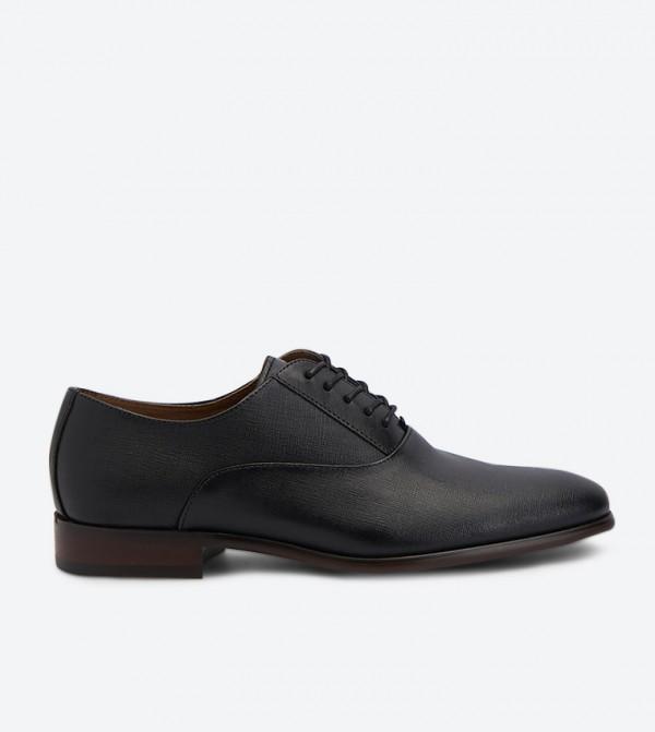 حذاء نيديرادين رسمي بمقدمة مدببة لون أسود