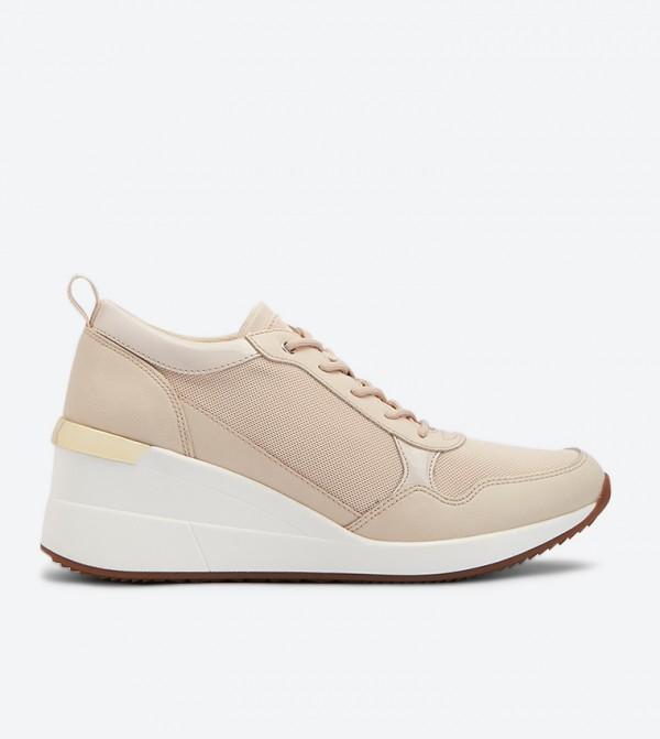حذاء سيفيسا الرياضي بأربطة للإغلاق لون بيج