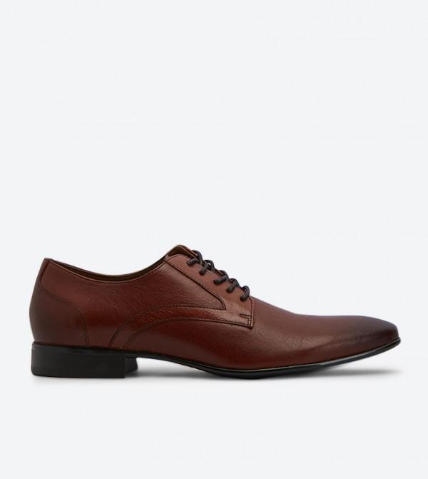 حذاء أومينالا الرسمي بمقدمة مدببة مع رباط للإغلاق لون بني