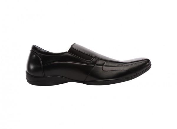 حذاء لوفرز سيرجاي أسود