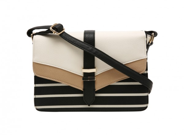 Ammi Cross Body Bag