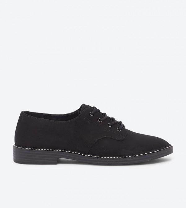 حذاء ستابولانس بتصميم أنيق ورباط للإغلاق