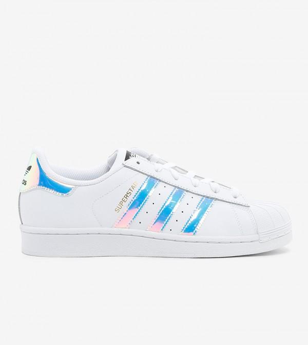 حذاء رياضي للجنسين