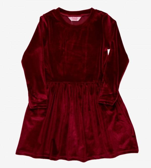 فستان مخمل بأكمام طويلة وياقة مستديرة