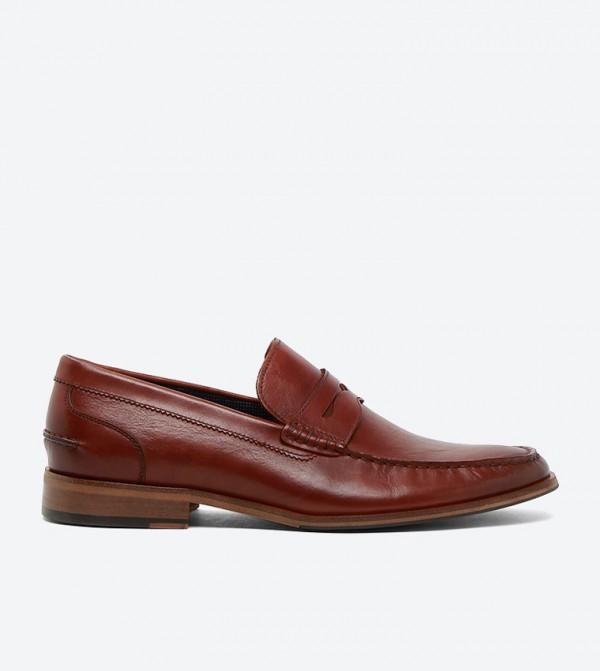 حذاء بروغوس