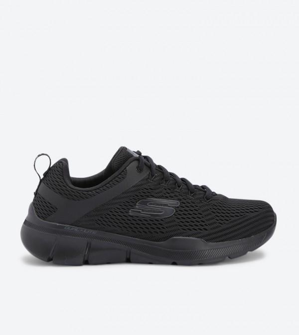 حذاء إيكوالايزر 3 بلون أسود