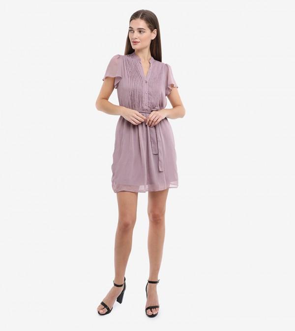 فستان قصير بأكمام قصيرة