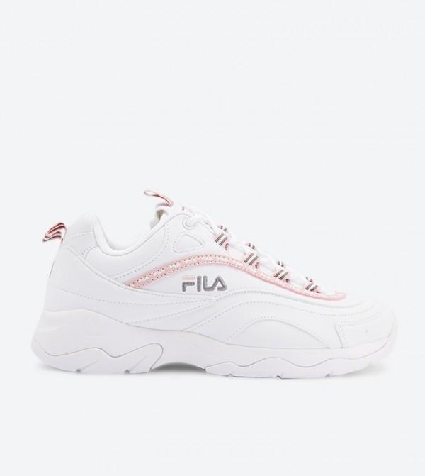 حذاء فيلا راي بلون أبيض