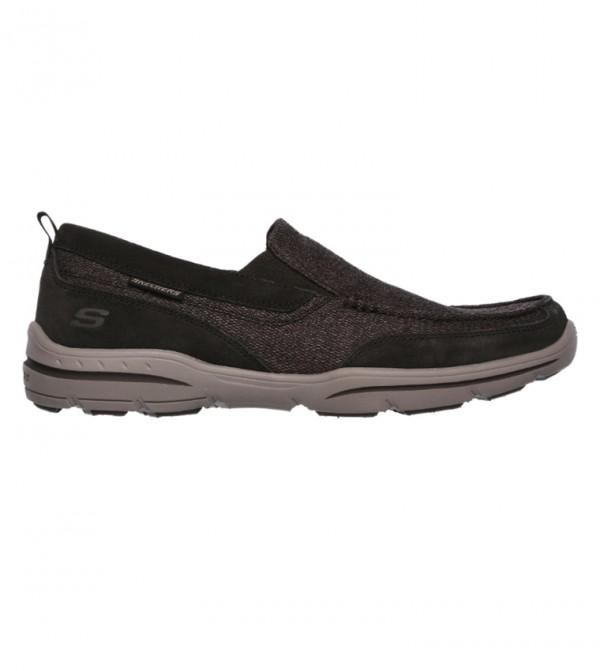 حذاء هاربر الرياضي