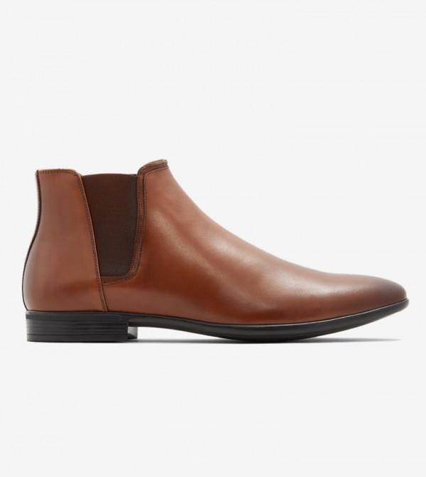 حذاء أفاراويان لون بني
