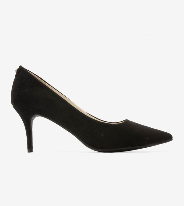 حذاء بكعب قصير بلون أسود