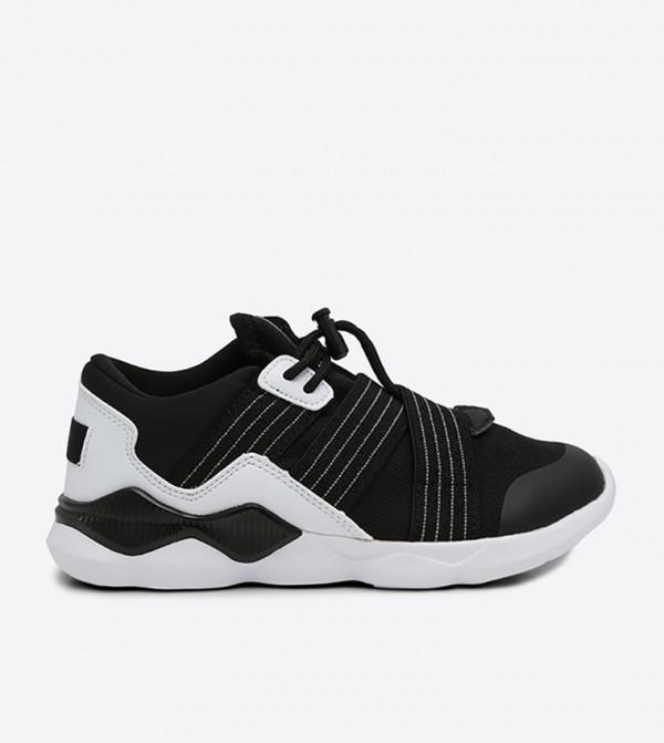 AN31739921-1-BLACK-WHITE