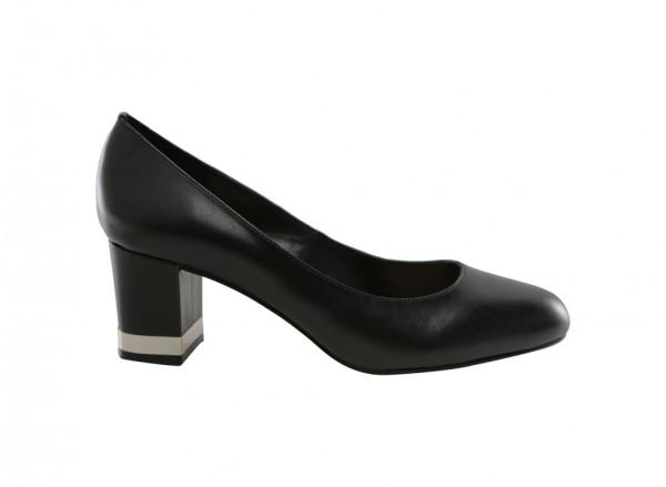 حذاء أسود بكعب متوسط