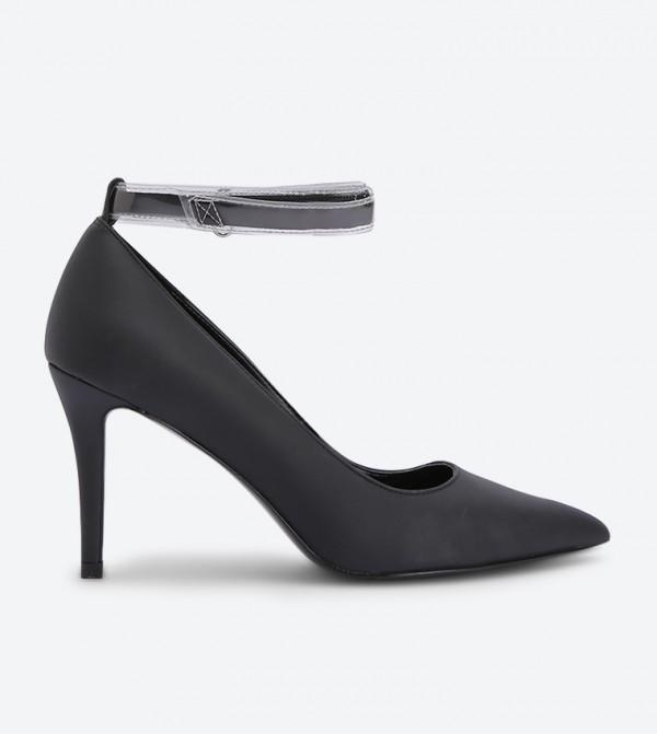 حذاء بكعب عالي لون أسود