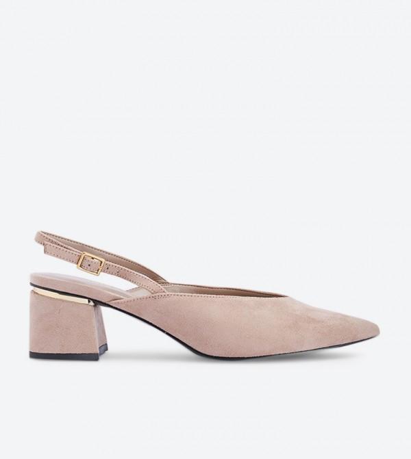 حذاء بكعب عريض لون بيج