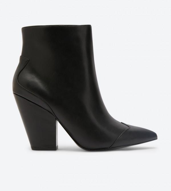 حذاء بكعب قصير لون أسود