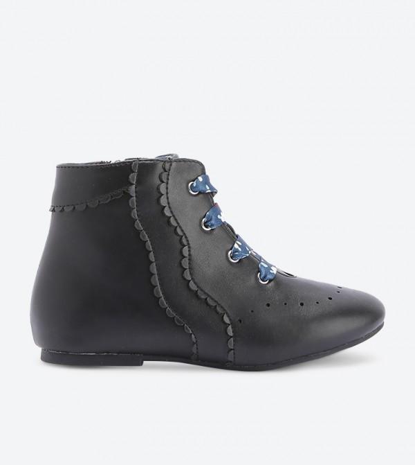 حذاء بساق طويلة لون أسود