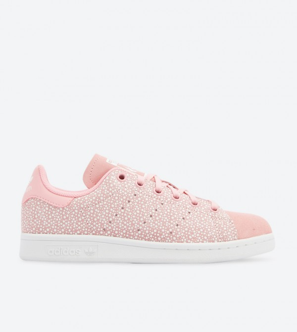 new products 3c3b2 f3b38 Stan Smith Lace Up Closure Sneakers - Pink DB2869