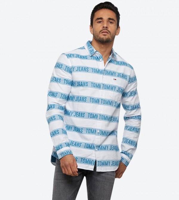 قميص بنمط مخطط وأكمام طويلة لون أبيض