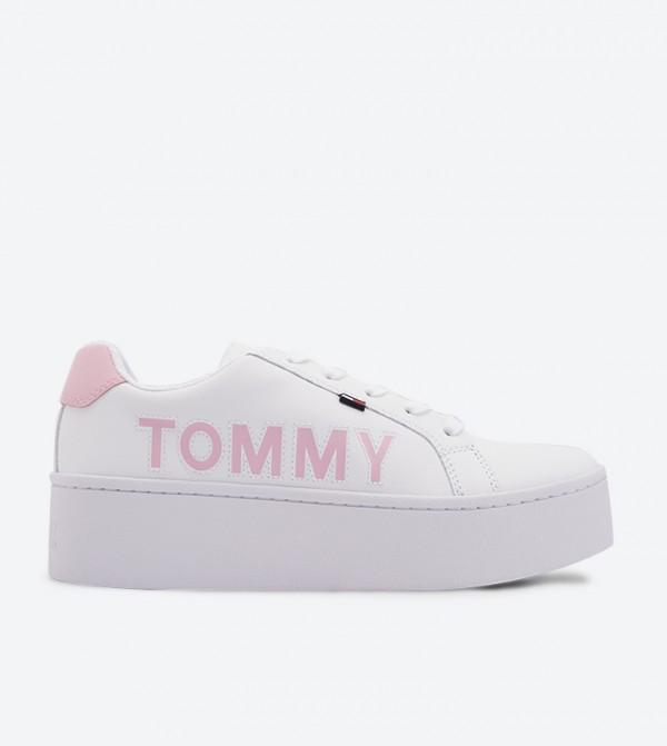 حذاء كاجوال بأربطة للإغلاق لون أبيض