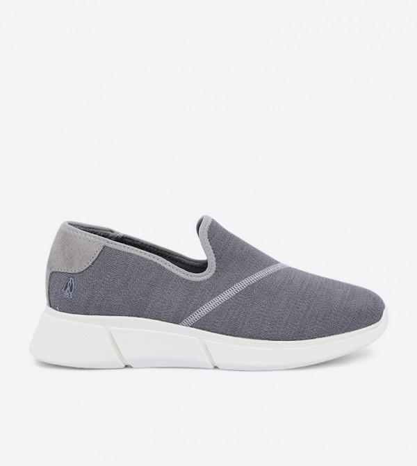 حذاء ماكينا سهل الإرتداء بلون رمادي