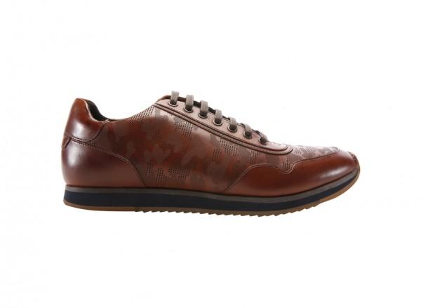 Out Bid Cognac Footwear