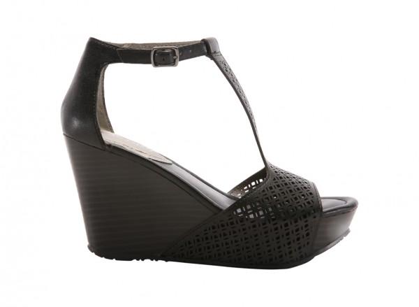 Sole Tan Black Footwear