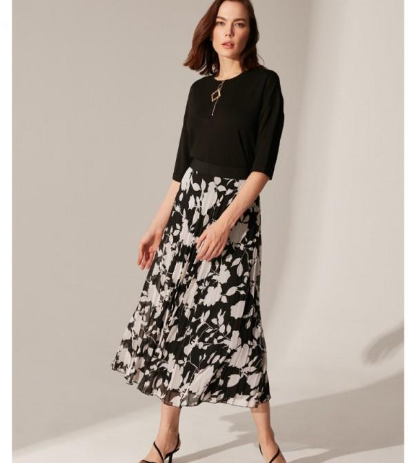 Woven Long Skirt - Black Printed