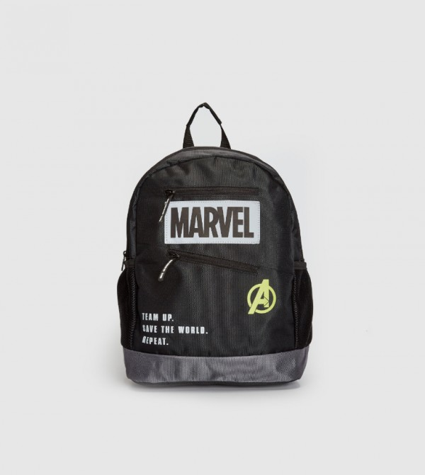 حقيبة ظهر بطبعة مارفل