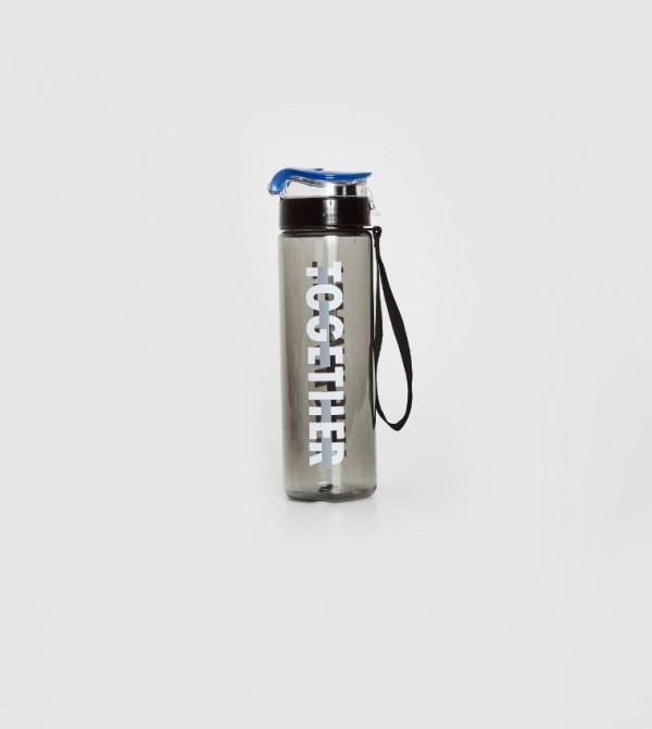 زجاجة ماء شفافة مطبوعة بحروف