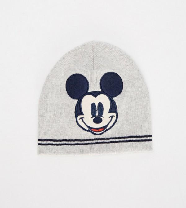 قبعة تريكو مطبّعة بنمط ميكي ماوس
