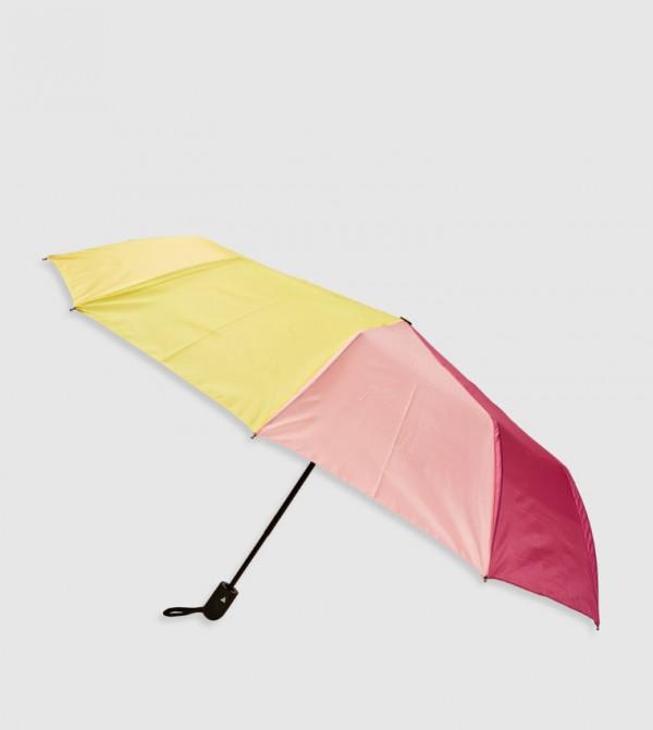 مظلة متعددة الألوان