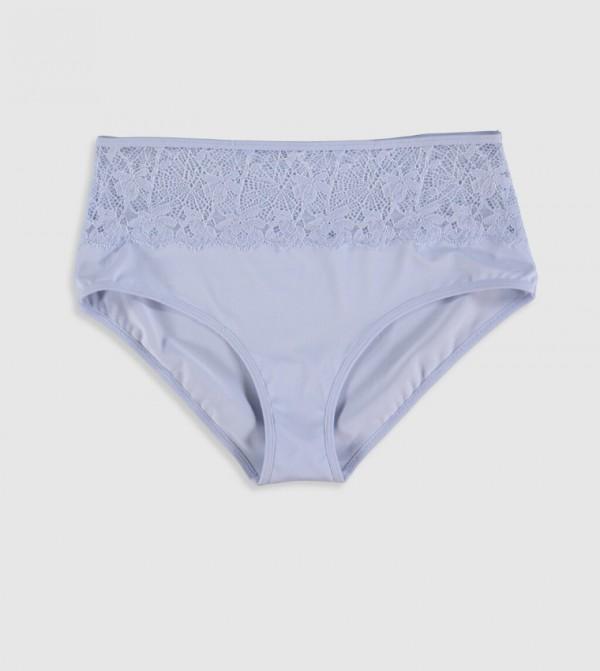 ملابس داخلية عالية الخصر بتفاصيل من الدانتيل