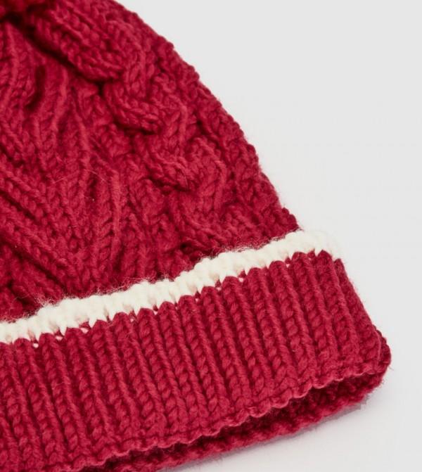 قبعة تريكو منقوشة